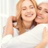 Gesichtspflege im Alter: Das braucht die Haut im Lauf der Zeit